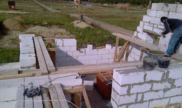 Сложная конфигурация стен 2-го этажа