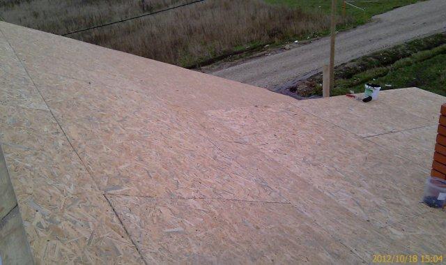 Поверхность крыши из OSB-3