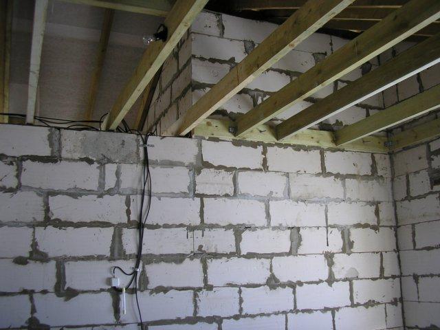 Потолок 2-го этажа до утепления