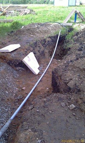 Электрический и управляющий кабель к насосу