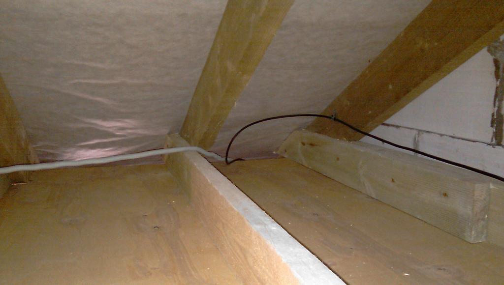 Как сделать люк между этажами
