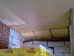 Обшивка потолка 2-го этажа фанерой